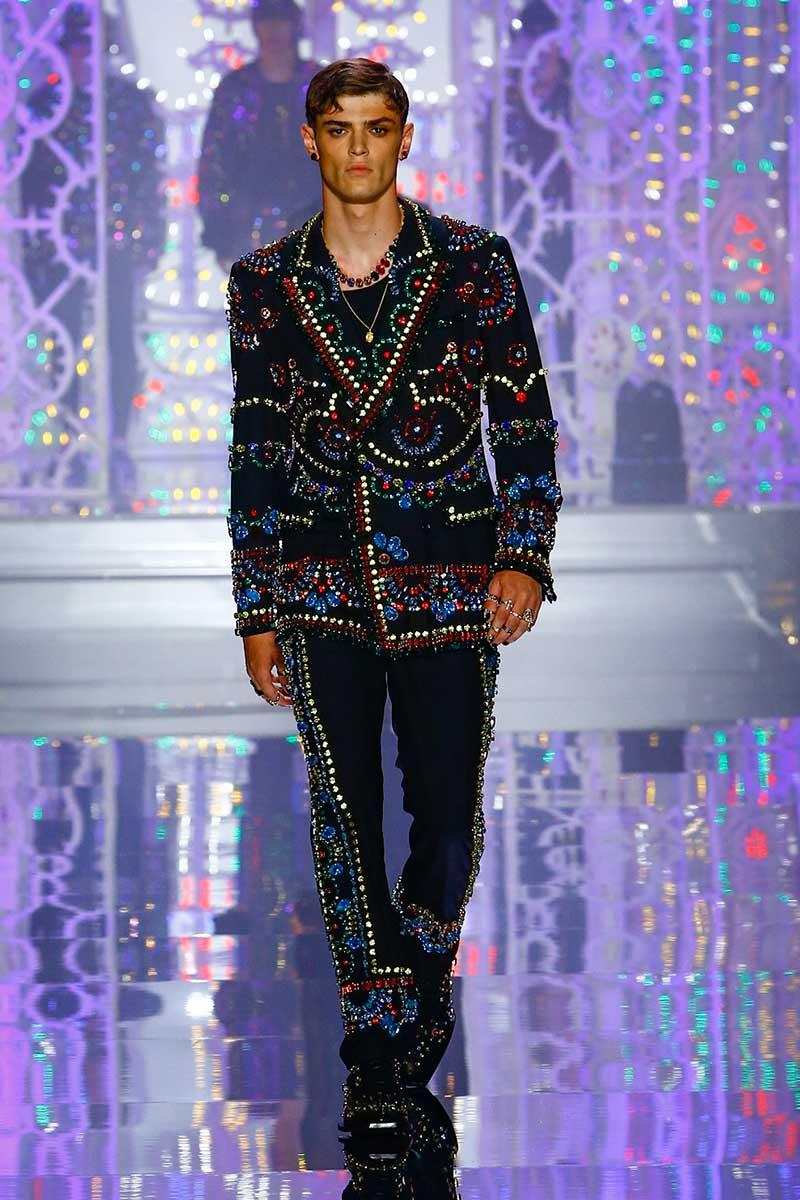 Mannenmodeweek Milaan. De modeshow van Dolce & Gabbana: kleur en licht! Photo: courtesy of Dolce & Gabbana