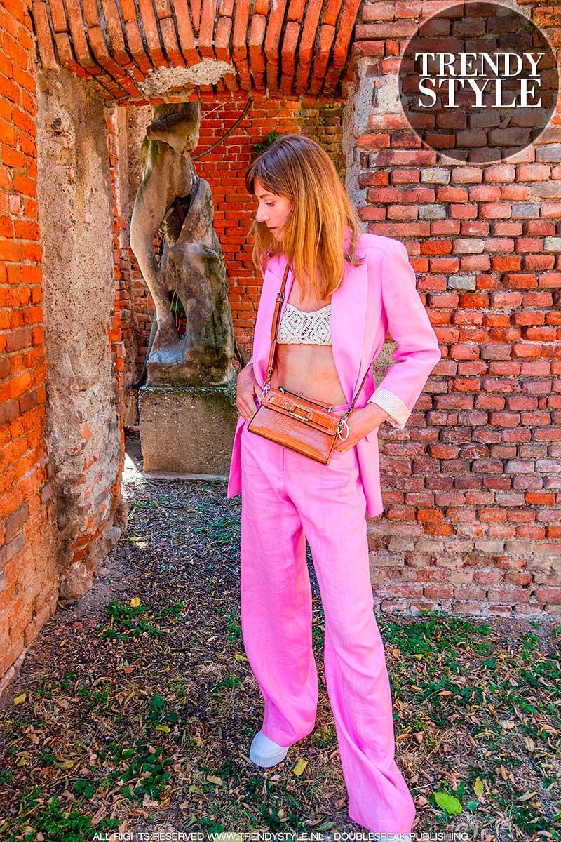 Modetrends zomer 2021. Trend alert: roze is dé modekleur. 7x Stijltips