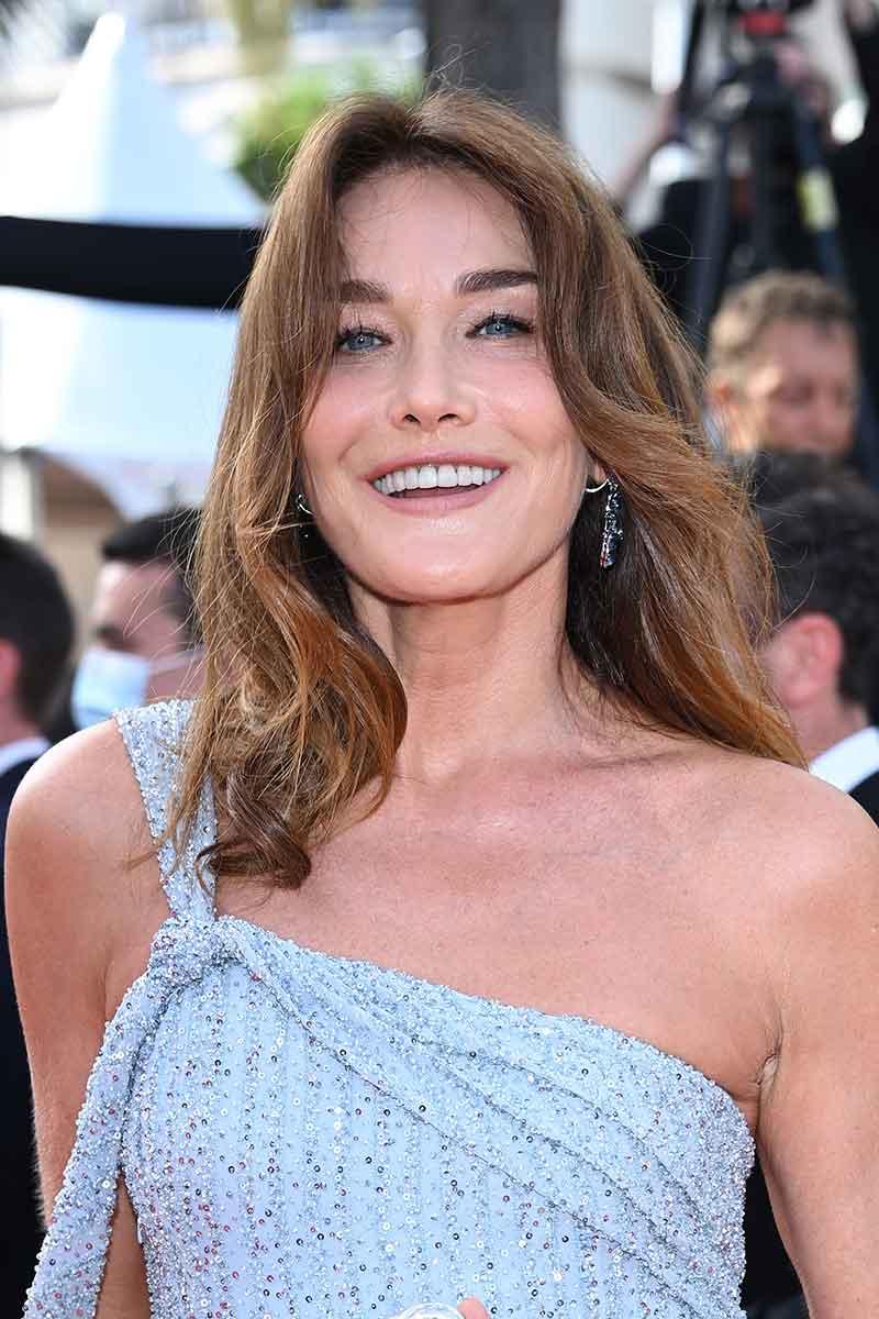 Topmodellen in Dior op het rode tapijt van het Filmfestival van Cannes 2021