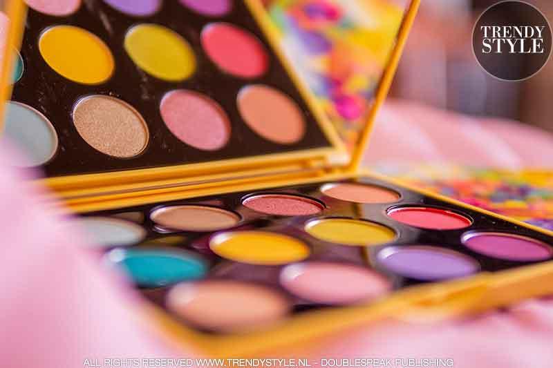 Beauty trends 2021. Update je make-up look met kleur. Kleurenpalet Botanic Panic van MAC Cosmetics
