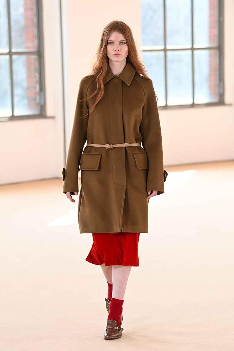 Modetrends herfst winter 2021 2022. Top 10 modekleuren voor het nieuwe seizoen