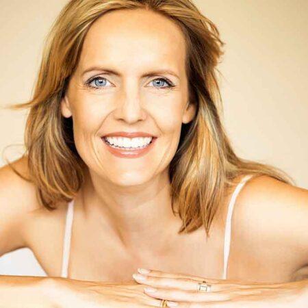10 Jaar jonger met deze anti-aging make-up tips voor de rijpe huid