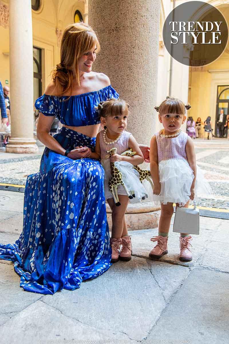 Milan Fashion Week. De allereerste streetstyle foto's. Modetrends en kapsels 2021
