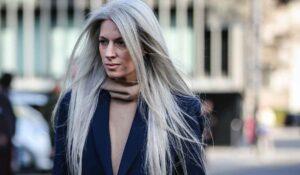 Haarkleurtrends 2021. Natuurlijk grijs haar is cool en trendy! 3x Tips