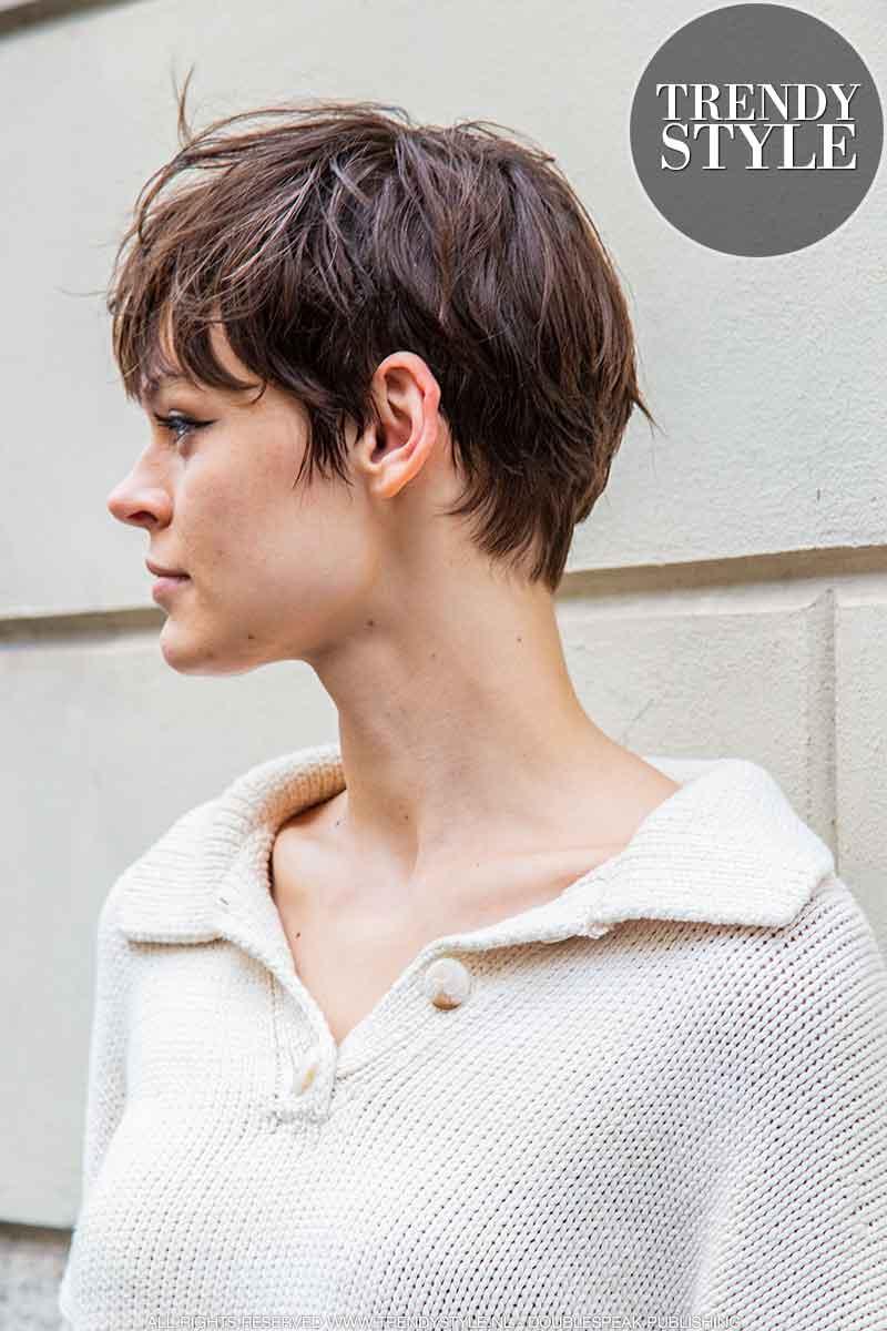 Nieuw kort kapsel voor topmodel Cara Taylor