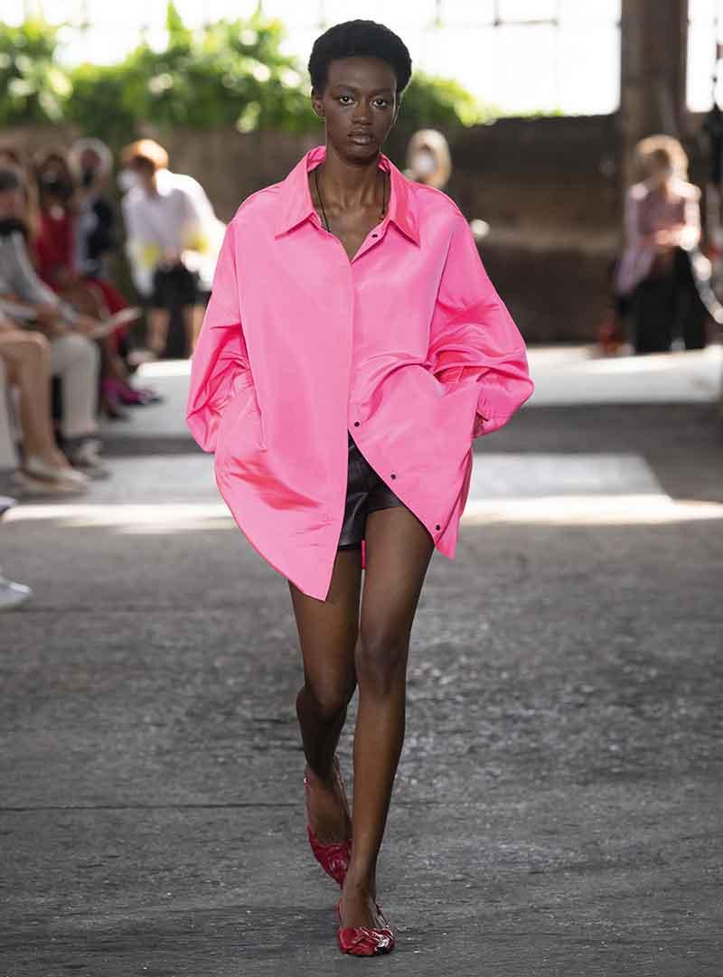 Modetrends winter 2021 2022. Modekleur roze