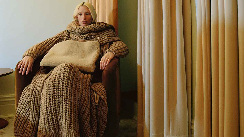 Modetrends winter 2021 2022. Tricot jurken
