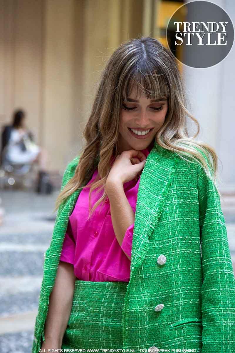 Milan Fashion Week dag 1. Streetstyle mode. Dit draagt het modepubliek. Trends & kapsels