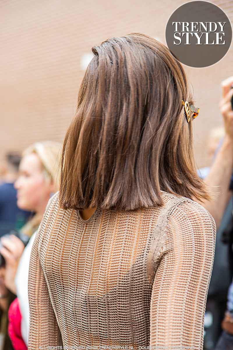 Haarkleurtrends winter 2021. Ken jij deze brunette haarkleur al? Op deze foto: Karina Nigay