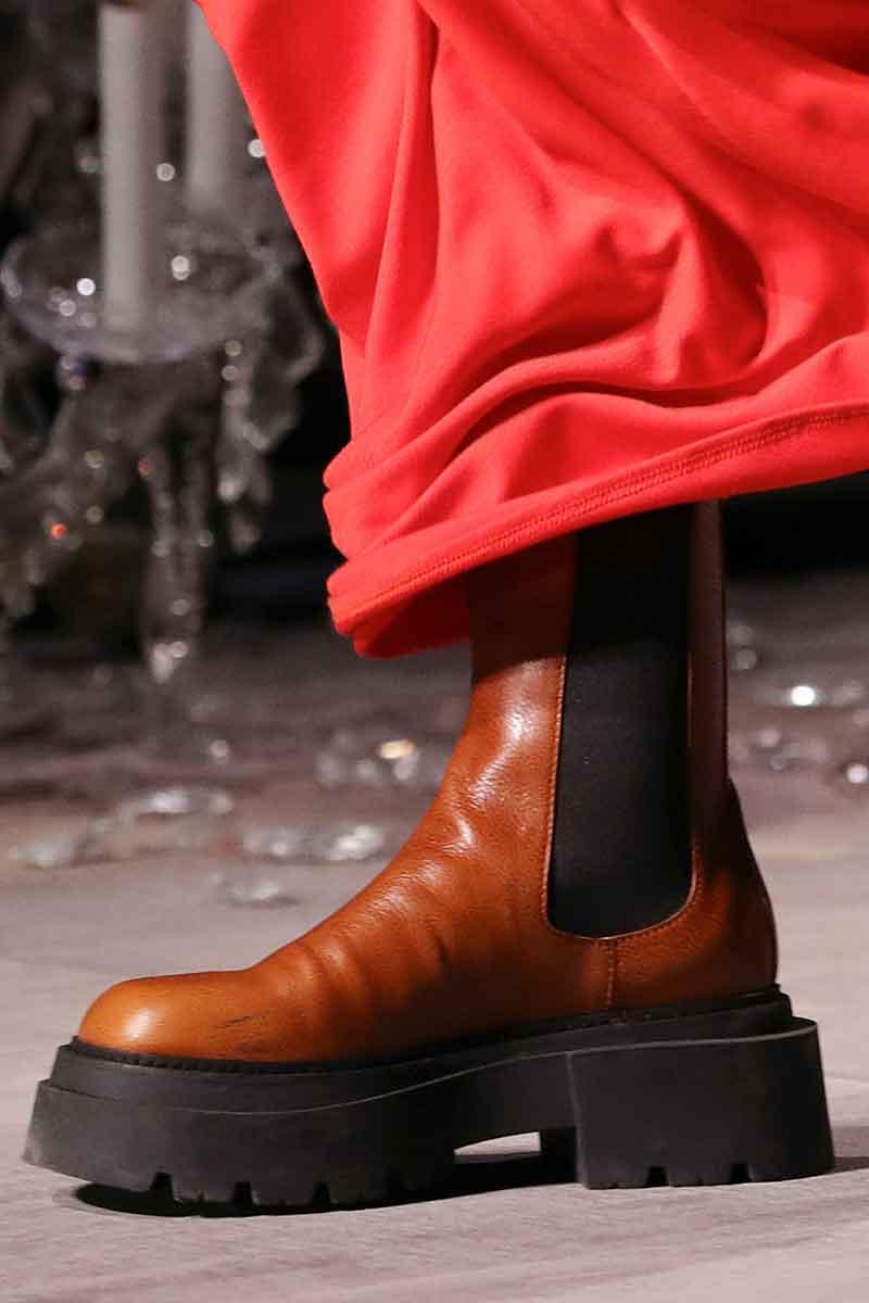 Chocola, toffee en karamel zijn dé modekleuren voor winter 2021. Let ook op de nieuwe kleur combinaties!