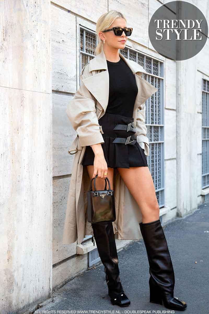 Streetstyle mode winter 2021 2022. Influencers bij de modeshow van Alberta Ferretti
