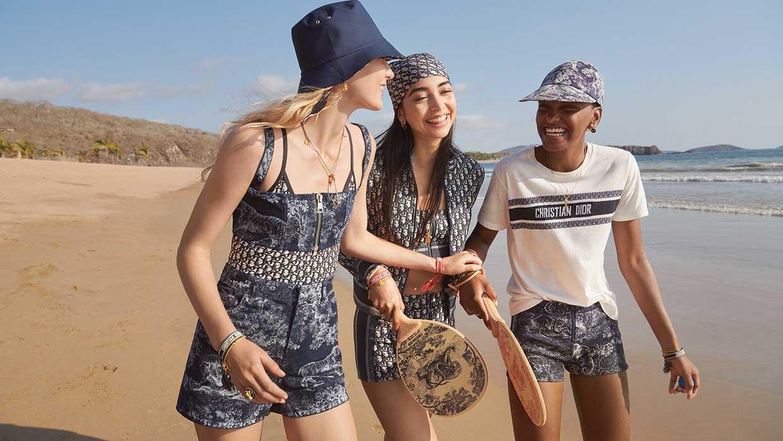 Dioriviera. De allernieuwste zomer capsule collectie van Dior. Zee, strand, glamour à la Dior. Photo: courtesy of Dior