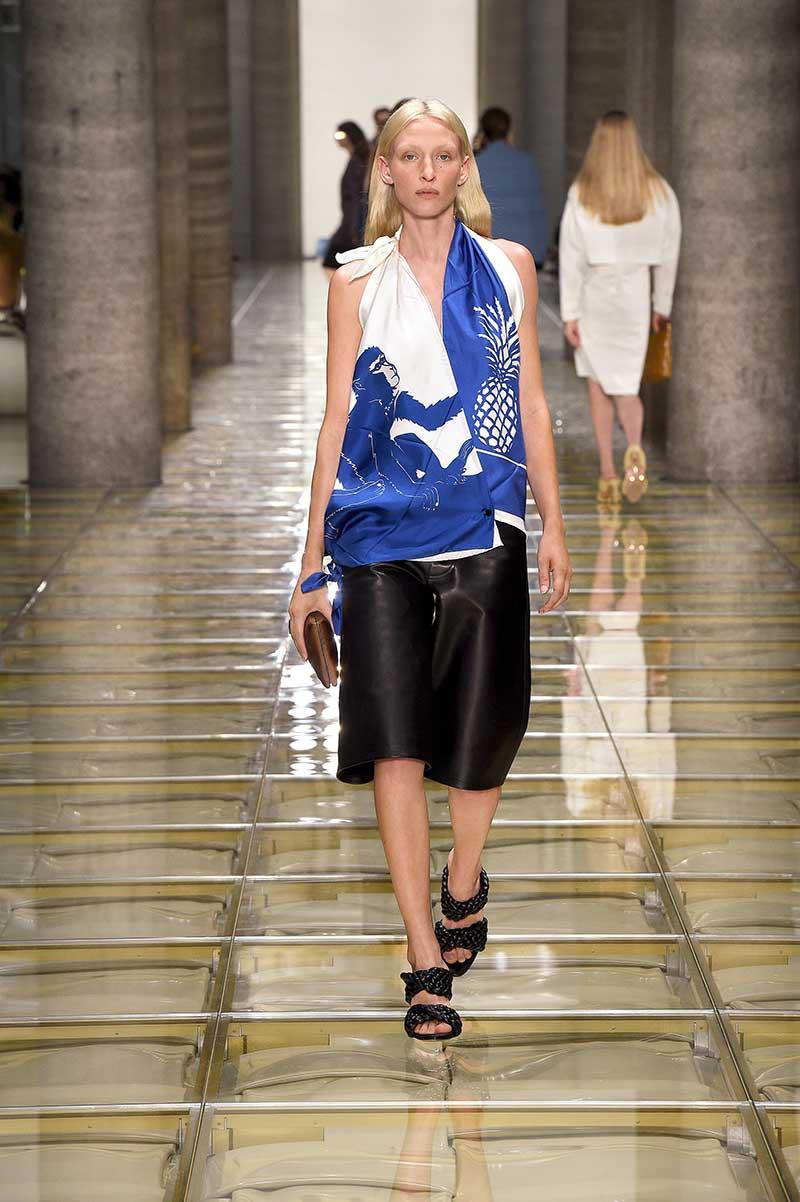 Modekleur blauw zomer 2020 - Bottega Veneta Lente Zomer 2020
