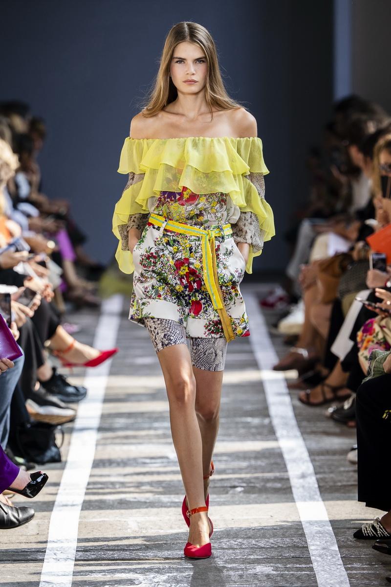 Modecollectie Blumarine lente zomer 2019