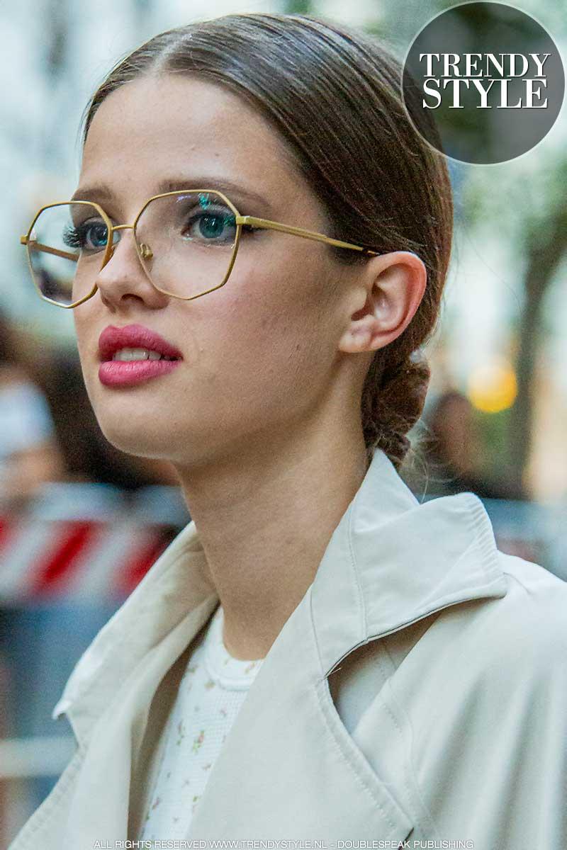 Brillen trends winter 2020 2021. Lichtmetalen monturen zijn hip!