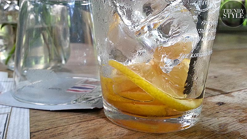 citroenijsthee-met-citroen-02