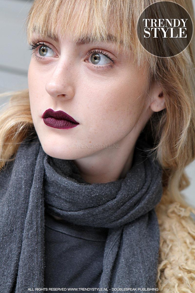 donkere-lippenstift-winter-2015-2016-03