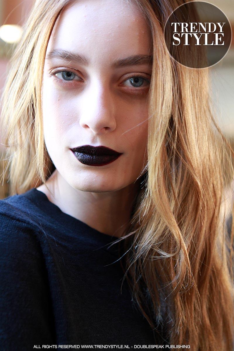 donkere-lippenstift-winter-2015-2016-06