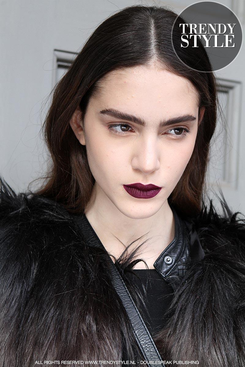 donkere-lippenstift-winter-2015-2016-10