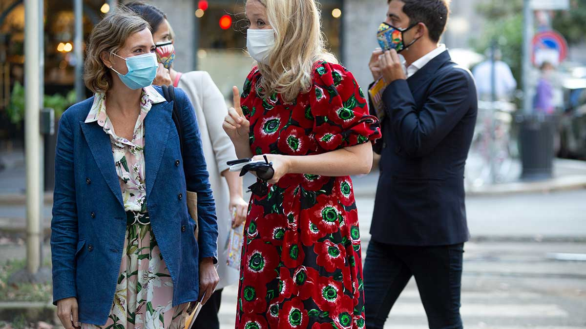 Milan Fashion Week zomer 2021. Modetrends en streetstyle