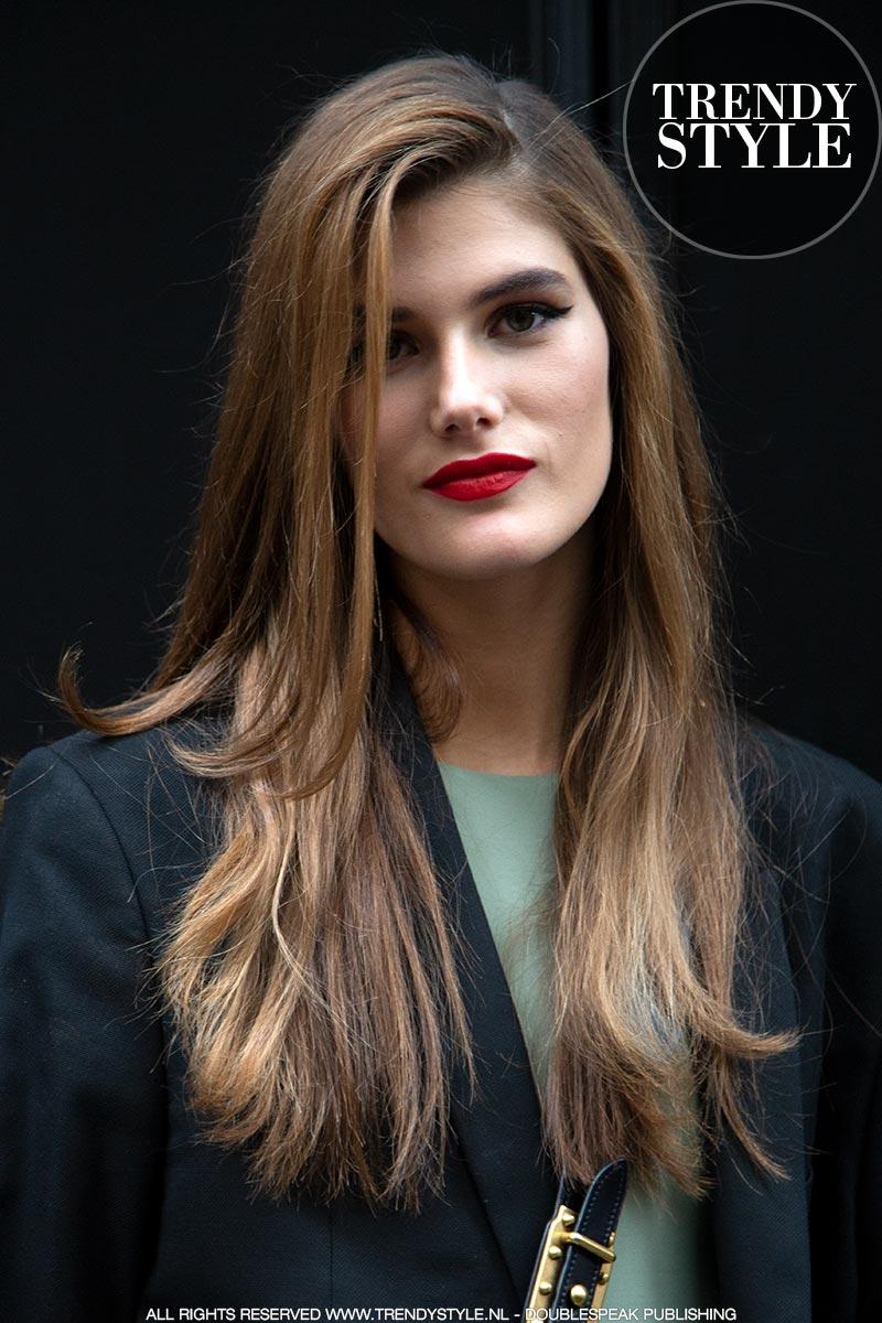 Haarkleuren winter 2020. Donkere, warme haarkleuren. Amber, karamel, honing