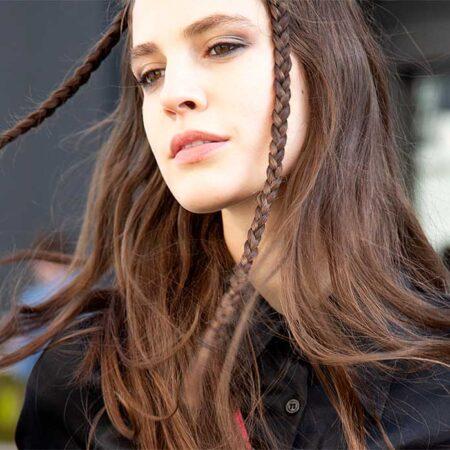Haartrends 2021. Trend alert: lang haar is hip. Zo groeit je haar sneller! 11x Tips