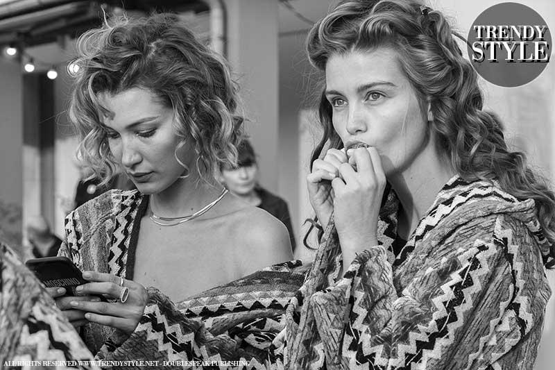 Korte kapsels dames lente zomer 2020. Backstage Missoni Zomer 2020 - Foto Charlotte Mesman