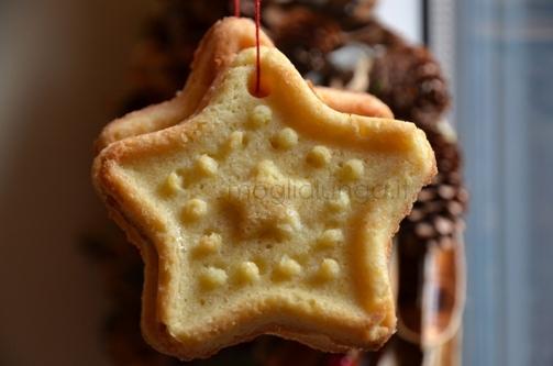 Kerstkoekjes voor in de Kerstboom of als servetring