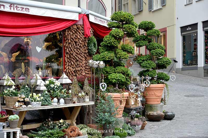 Kerstmarkt Zürich. Romantisch Kerst shoppen