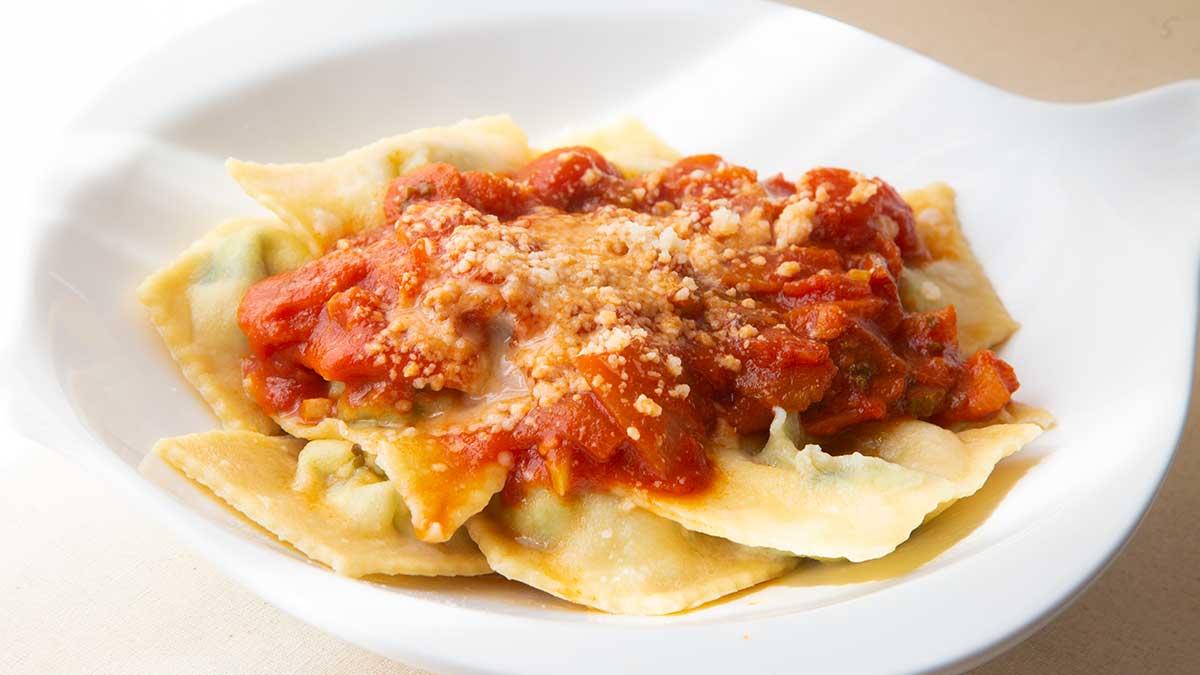 Kookrecept. Rustieke Italiaanse tomatensaus