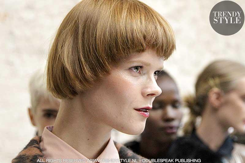 Kort kapsel Irina Kravchenko
