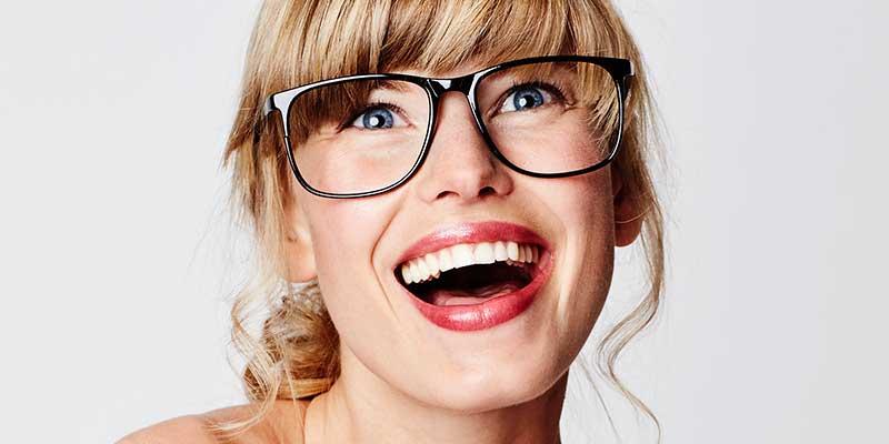 Een dag niet gelachen is een dag niet geleefd. Esther column