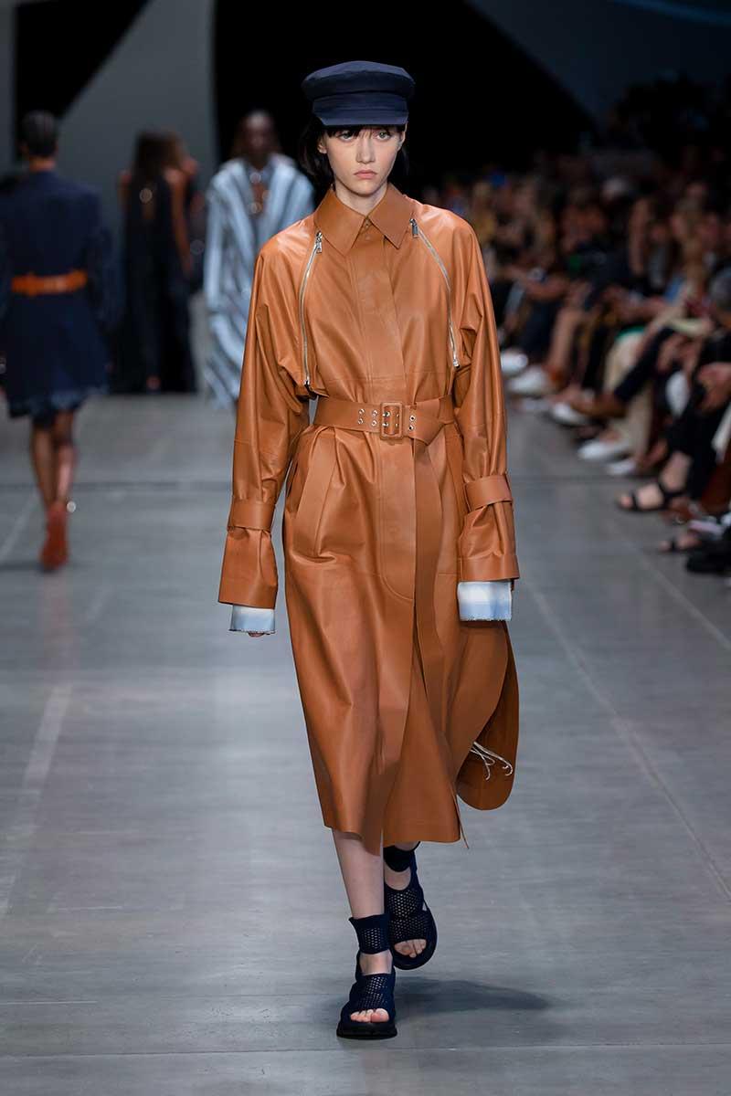 Modetrends lente zomer 2020. Leer en kunstleer
