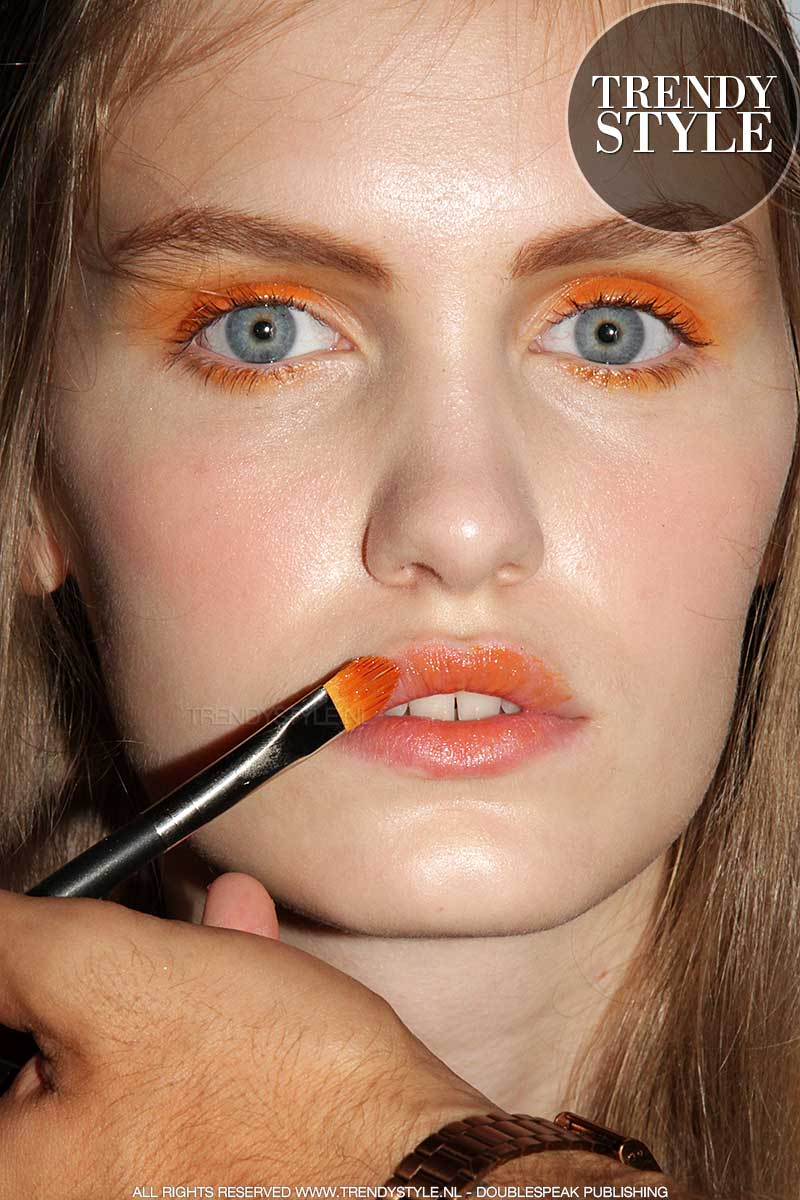 Oranje make-up