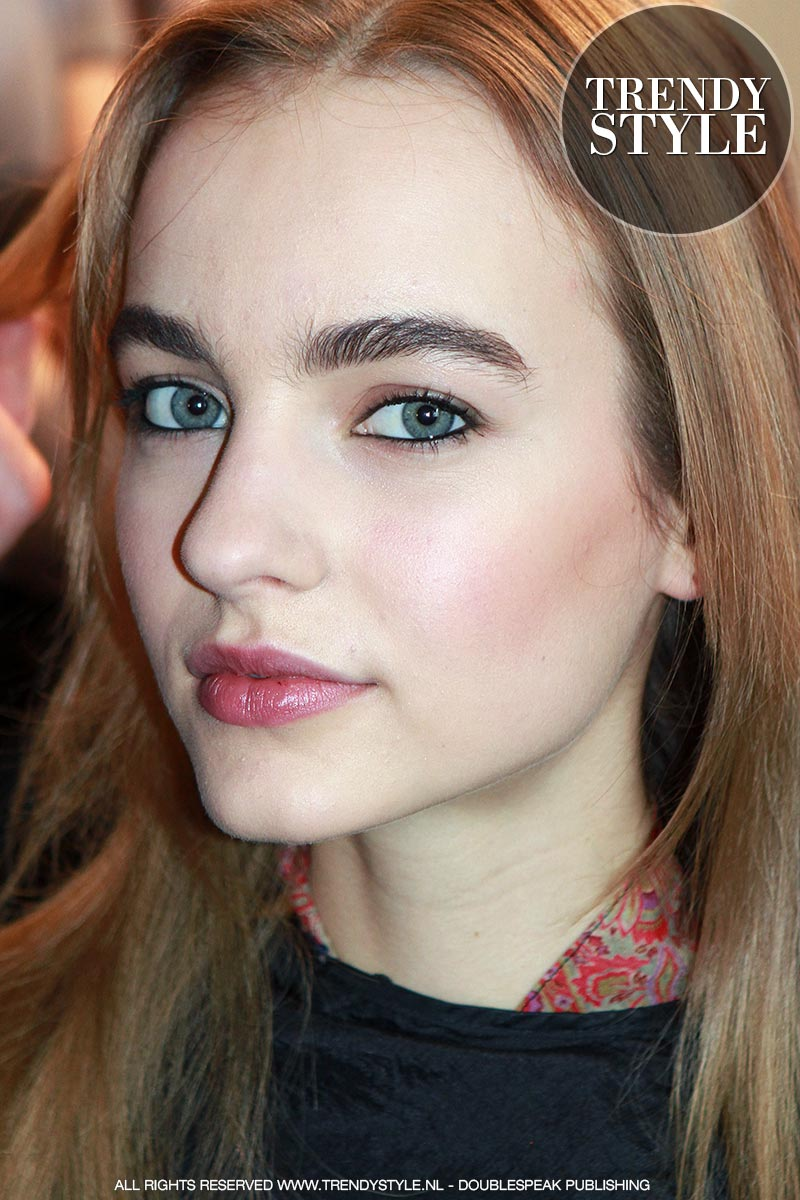 makeup-eyeliner-zomer-2016-01
