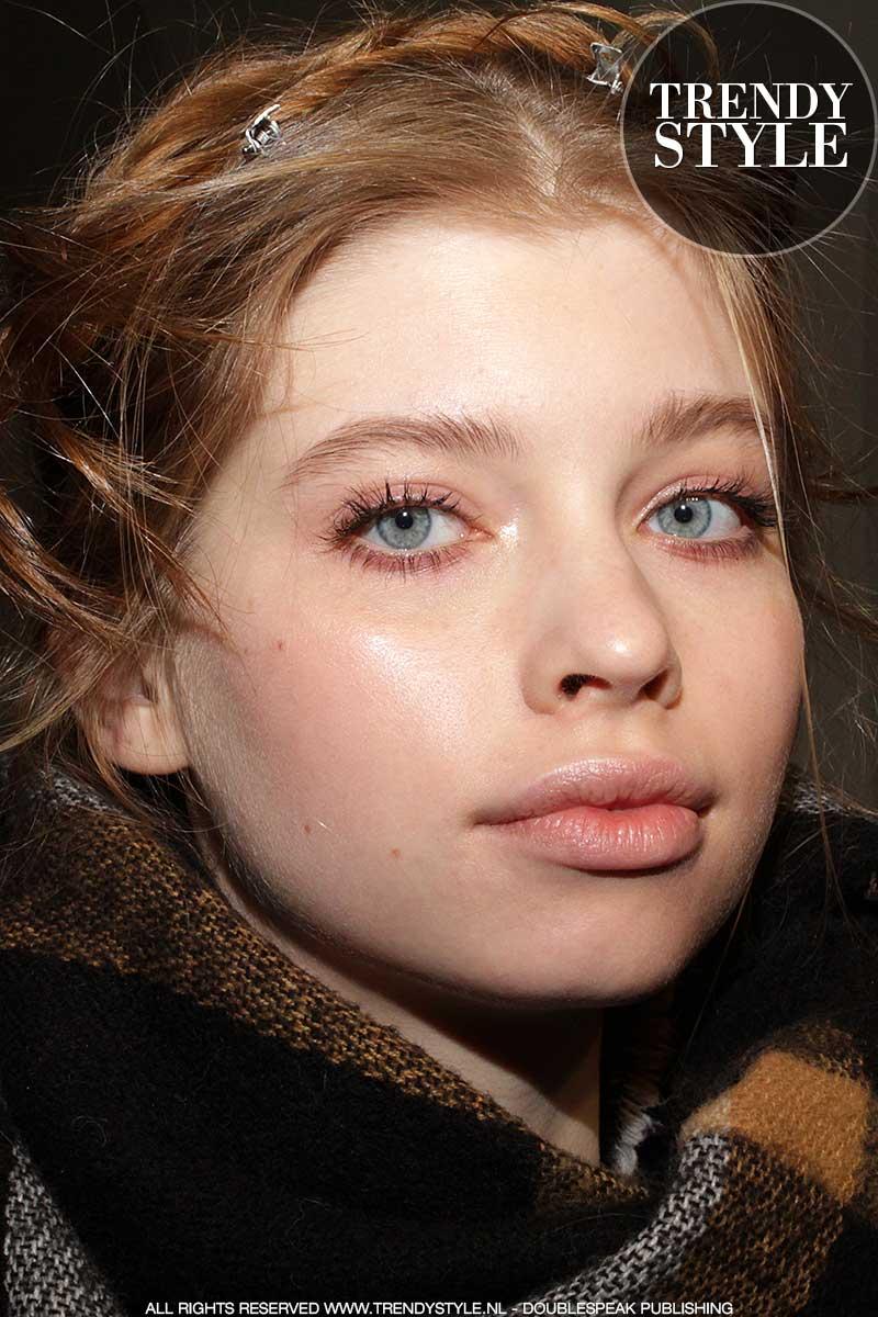 Make-up tips. Volle en natuurlijke wenkbrauwen