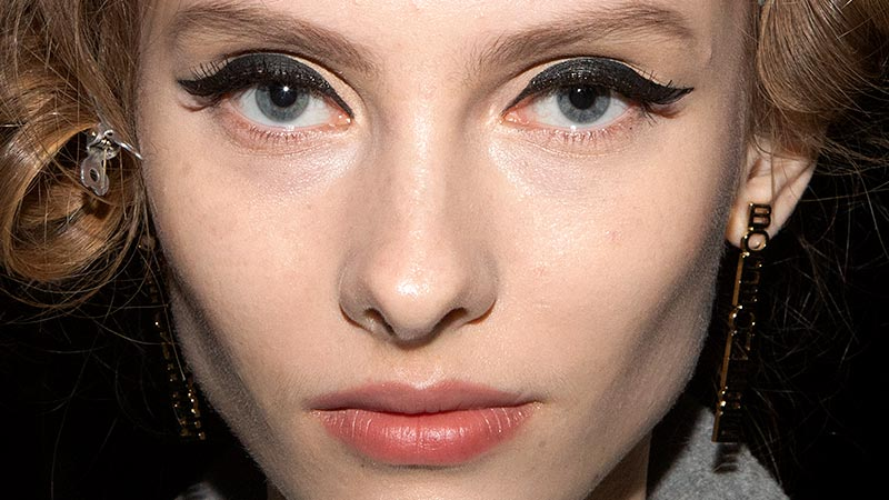 Make-up trends herfst winter 2019 2020. Eyeliner