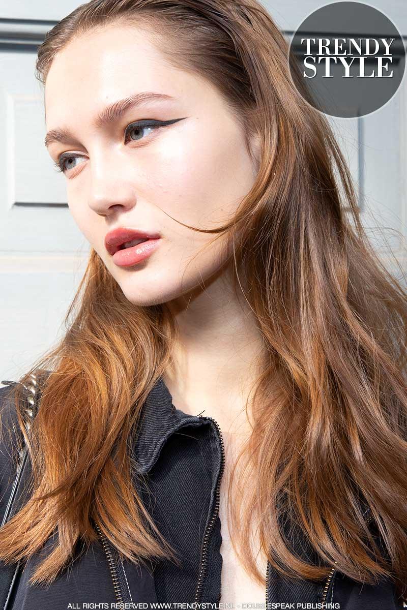 Make-up trend lente zomer 2020. Huid opmaken. Glanshuidjes