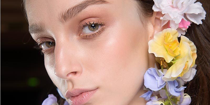 Make-up trends lente zomer 2018. Nude make-up look.