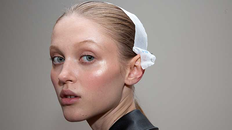 Make-up trends lente zomer 2020. Mooie huid