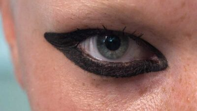 Make-up trends 2021. Glam is in! Speel met eyeliner en smokey eyes