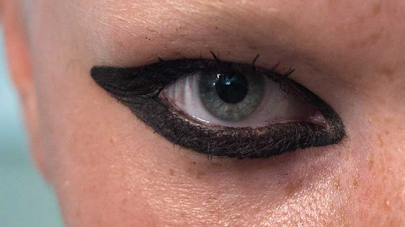 Make-up trends 2021. Eyeliner en smokey