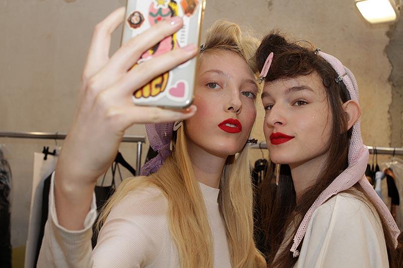 Milan Fashion Week. Dag 1. Live met Charlotte