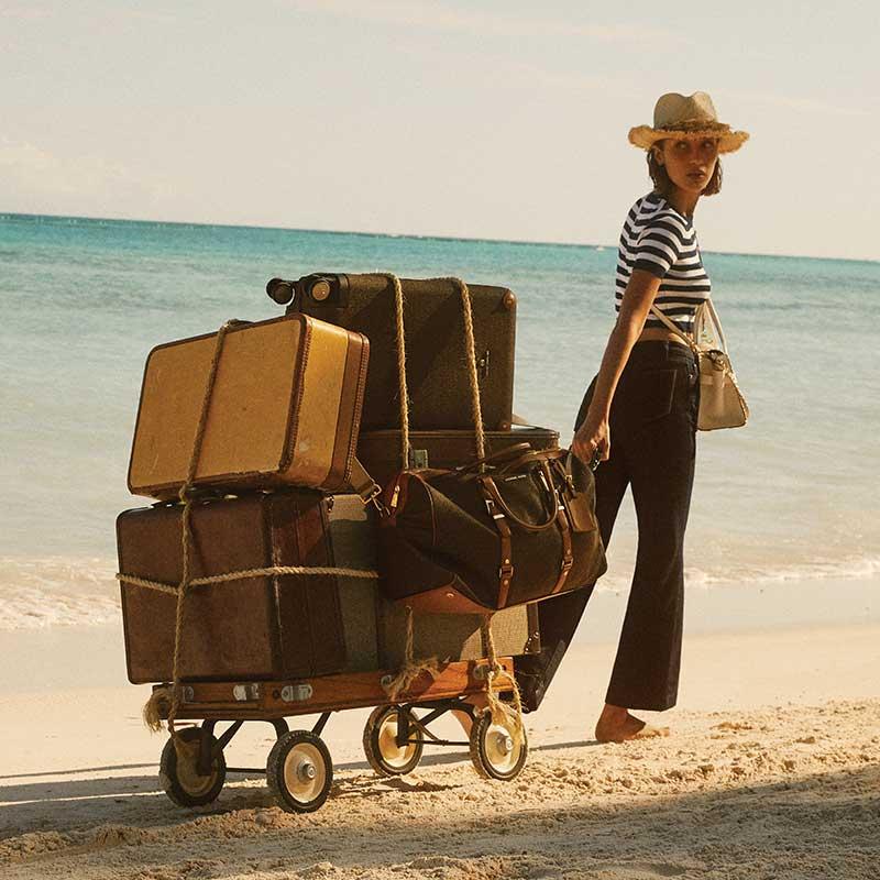 Michael Kors zomer 2020. Reclamecampagne met Bella Hadid
