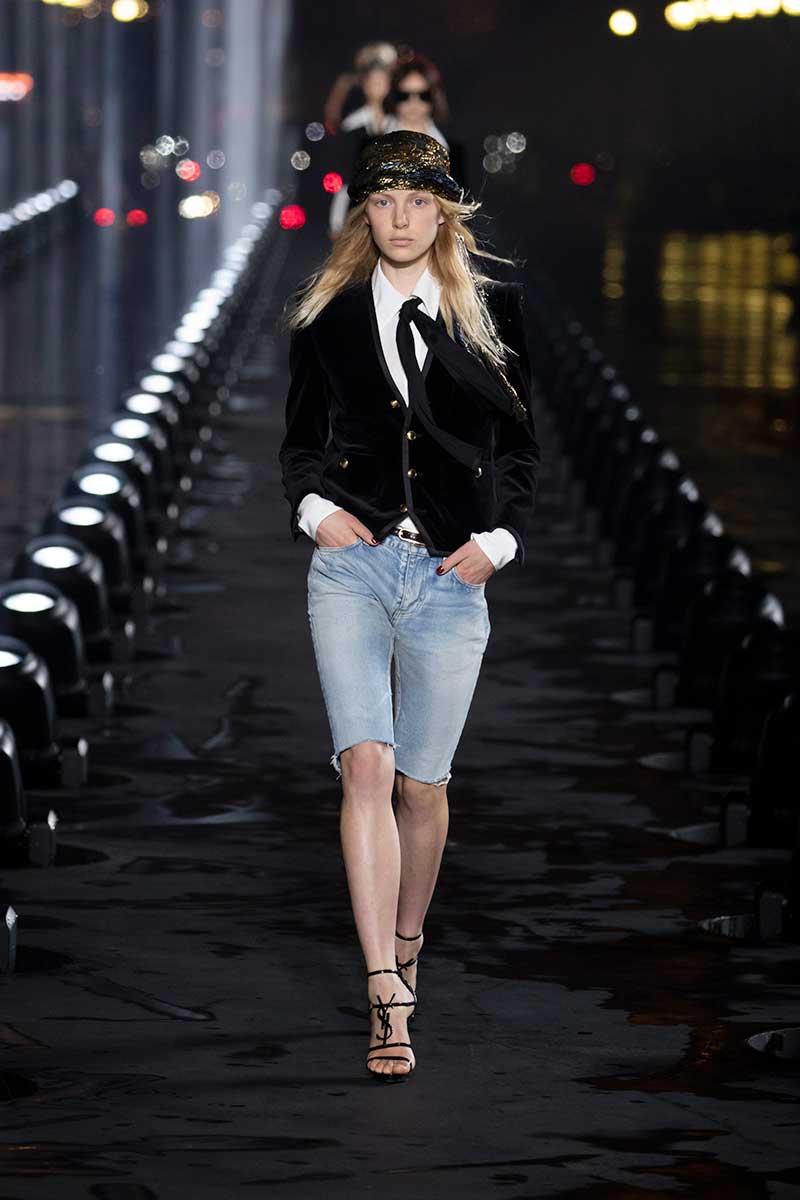 Mode accessoires lente zomer 2020. Jaren '70 sjaaltjes