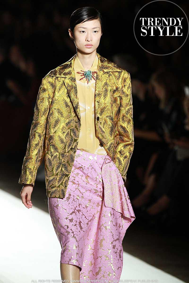 Modekleur geel. Dries van Noten lente zomer 2018, ph. Mauro Pilotto