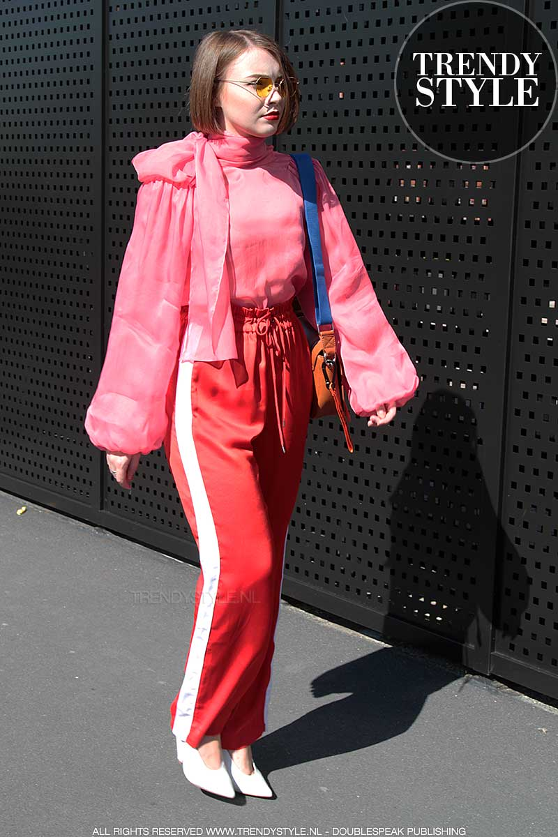 Mode trend zomer 2018. Roze met rood.
