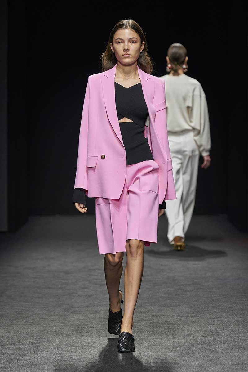 Modekleuren 2021. NIeuwe voorjaarskleuren