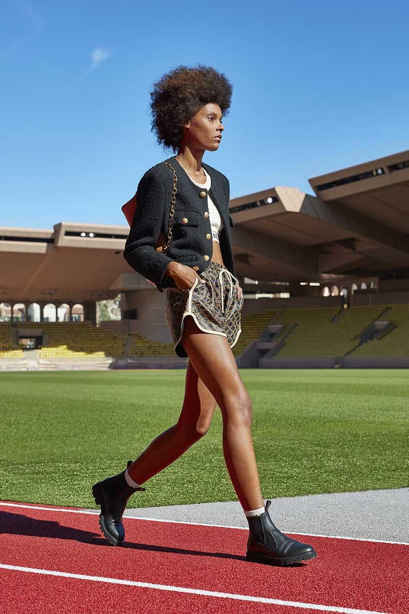 Modetrends zomer 2021. Sportswear is de nieuwe citywear. 10x Stijltips