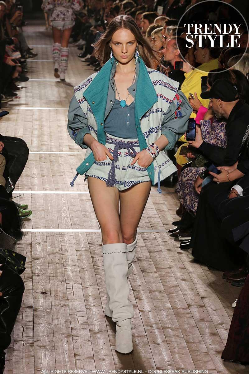 Modetrends lente zomer 2020. Deze etnische jasjes zijn supercool!
